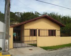 Casa com 3 quartos em Bombinhas