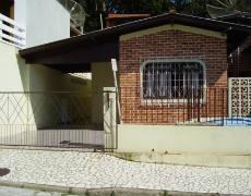 Casa próximo a Avenida de Bombas