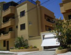 Apartamento em Bombinhas 100mts da praia