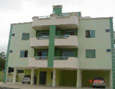 Apartamento em Bombas 200mts da praia